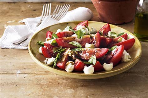 bocconcini tomato  basil salad recipe tastecomau