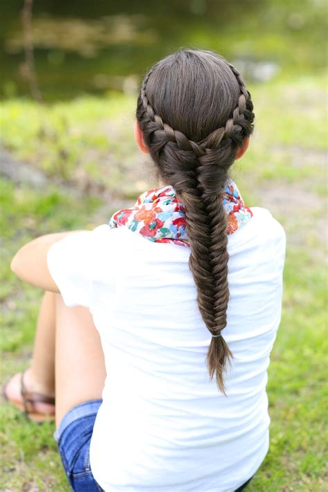 How to Create a Laced Fishtail Braid Cute Girls Hairstyles