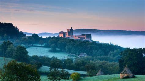 Chateau Beynac Bing Wallpaper Download