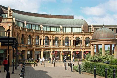 Restaurants near Victoria Shopping Centre in Harrogate ...