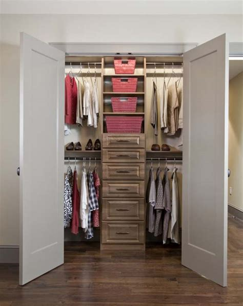 walkin closet design small walk in closet design ideas
