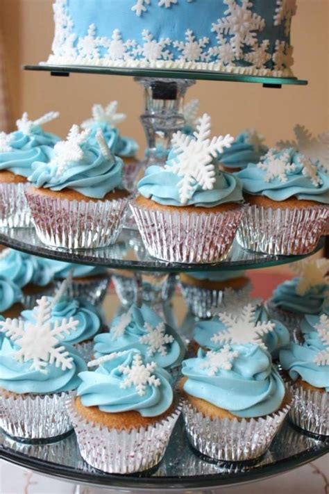 edible fondant snowflakes cupcake toppers cake topper