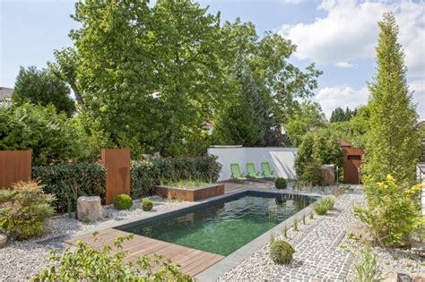 naturpool oder schwimmteich natur pools zinsser gartengestaltung schwimmteiche und swimmingpools