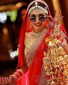 Wedding photography poses for every bride39s wedding album for Best wedding photographer in india