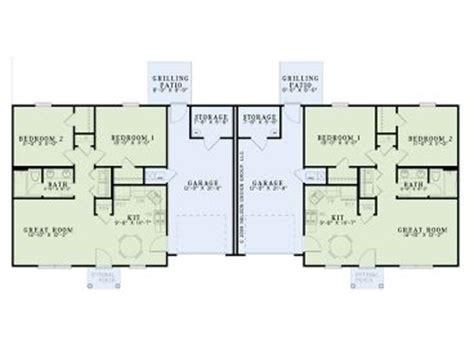 surprisingly duplex plans single story multi family house plans one story duplex plan 025m