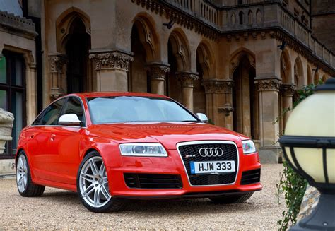 audi  rs   review parkers