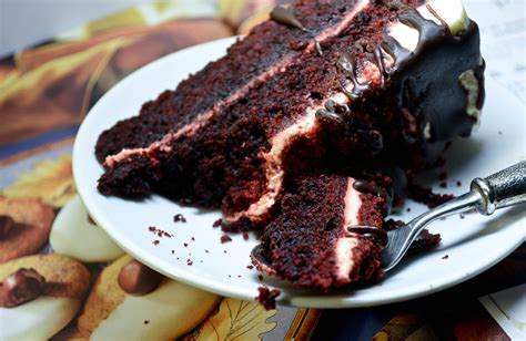 is velvet cake chocolate cake with food coloring velvet cake beets food network cake recipe