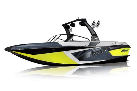 Tige Boats Models by 10 Best Tow Boats For Water Skiing And Wakeboarding