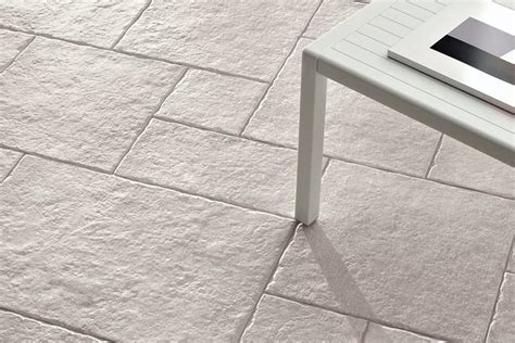 piastrelle pavimenti esterni piastrelle per pavimenti pavimento da esterno pavimento