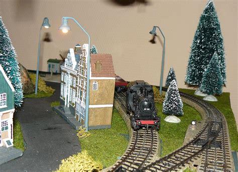 eisenbahn unter weihnachtsbaum 26 12 2013 spoorbaan onder