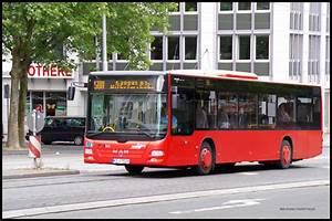 Bus Berlin Kassel : linie 500 hlbus durchquert am die f nffensterstrasse in kassel bus ~ Markanthonyermac.com Haus und Dekorationen