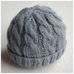Free Baby Cable Hat Knitting Pattern