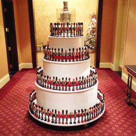 giant pop  cake