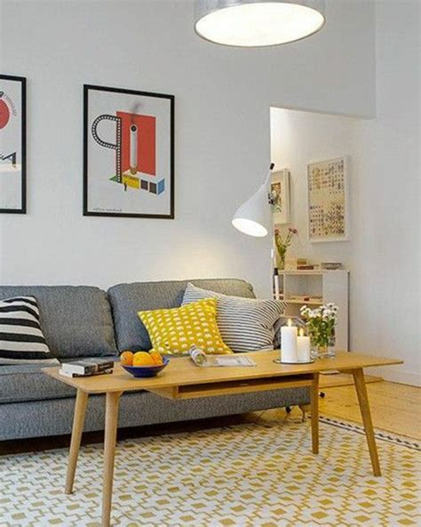deco salon avec canape gris quel tapis choisir pour le salon canapé gris avec coussins