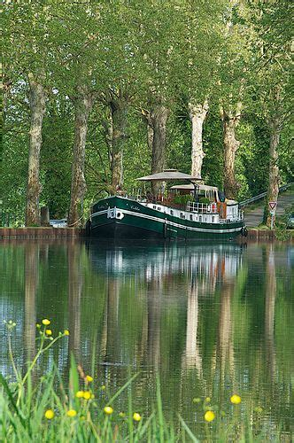 Canal Boating Near Me by Boat Cruise On The Canal De Garonne Near Castes