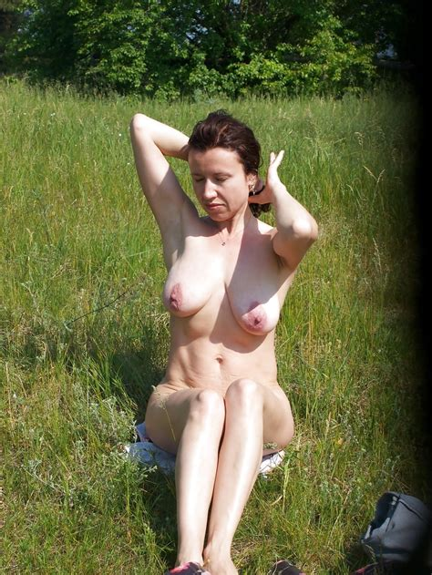 Mature Nude Outdoors Pics Xhamster