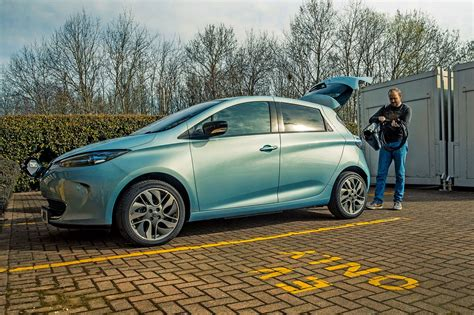 renault zoe 2017 term test the report by car magazine