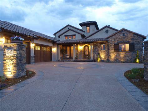 tuscan style custom homes