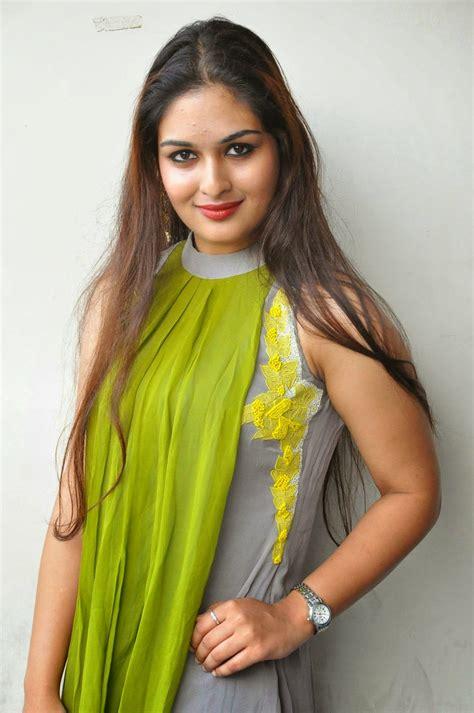 Prayaga Martin At Pisachi Movie Success Meet Photos Cap