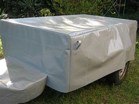 couvrir un canapé bâche protection de remorque la maison de la sellerie