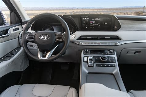 Cost Of 2020 Hyundai Palisade by 2020 Hyundai Palisade Oozes 8 Seat Crossover Luxury