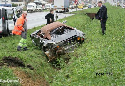 Funny Image Collection: pictures of funny Car Accidents!