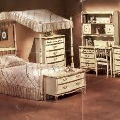 sears canopy bed dresser mirror childhood furniture