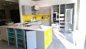Küche Sideboard Mit Arbeitsplatte : warendorf musterk che grifflose k che zeitlos modern mit stein arbeitsplatte und extra ~ Sanjose-hotels-ca.com Haus und Dekorationen