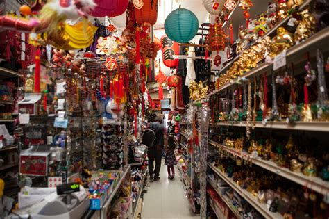 chinatown shops  jewelry stores  candy shops