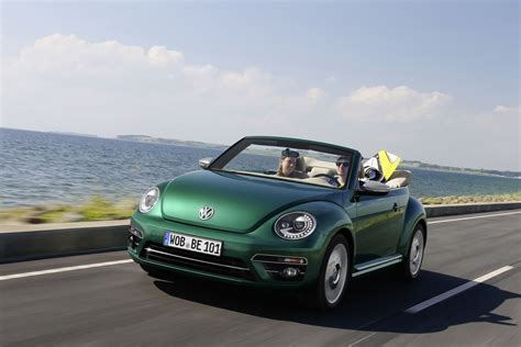 original volkswagen beetle lou ferrigno the original hulk drives a volkswagen