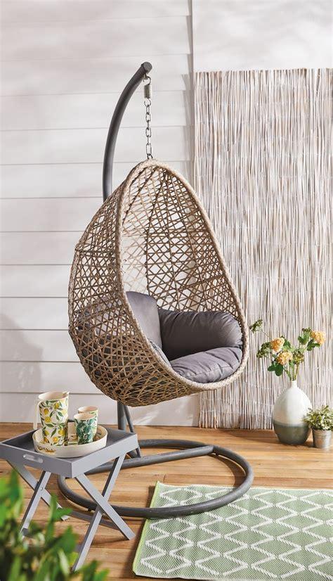 aldi launch hanging egg chair   cheaper