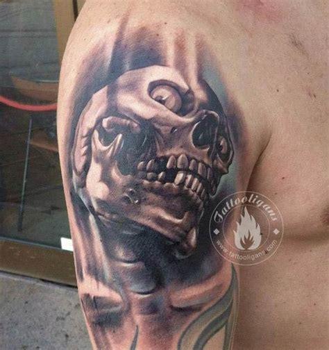 tatouage tete de mort tatouage tete de mort sur bras id 233 es de tatouages et