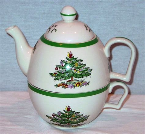 Spode Christmas Tree Teapot by Spode Christmas Tree Pattern Teapot Amp Cup Set Quot Tea For One