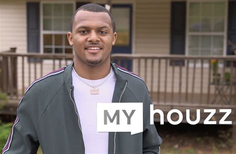deshaun watson houston texans quarterback renovates mom