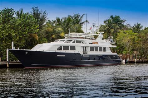 Yacht Buy by Won Buy Land Yacht Charter Details Broward Charterworld