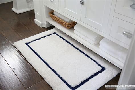 Powder Bathroom (summer Refresh!)