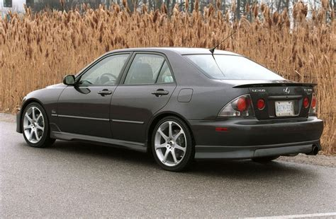 2002 Lexus Is300 by Album Lexus Canada