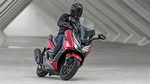 Honda Forza 125 2018 : honda forza 125 nov verze pro rok 2018 auta a motorky ~ Melissatoandfro.com Idées de Décoration
