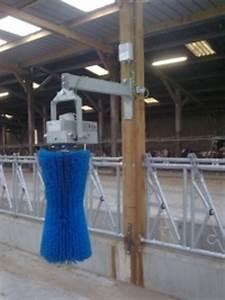 Brosse Electrique Pour Nettoyer Carrelage : brosse rotative pour vaches ~ Mglfilm.com Idées de Décoration