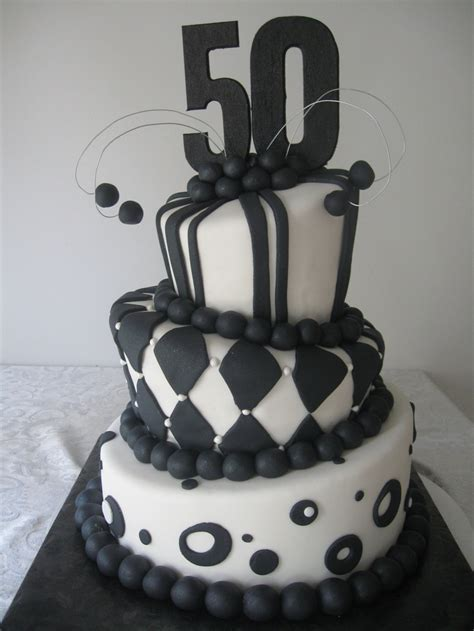 black  white topsy turvy  birthday cake cest la