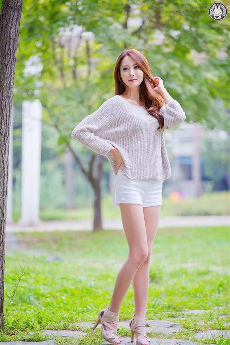 Korean Model Eun Bin Outdoor Photoshoot
