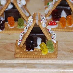 Zuckerguss Für Lebkuchenhaus : hexenhaus aus butterkeks und dominostein ~ Lizthompson.info Haus und Dekorationen