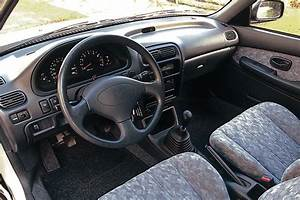 Daihatsu Charade 1996 pictures (4 of 4) cars-data com