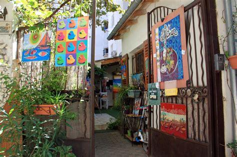 la maison du petit visitez les 13 lieux les plus insolites et secrets de marseille made in marseille