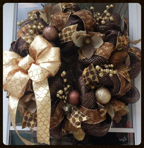 brown and gold christmas decorations 1000 ideas about brown christmas decorations on pinterest charlie brown christmas decorations