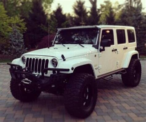 jeep lifted white creamy dream lifted white jeep beautiful pinterest