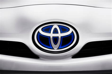 toyota logo a beautiful collection of car logos car wallpapers hd