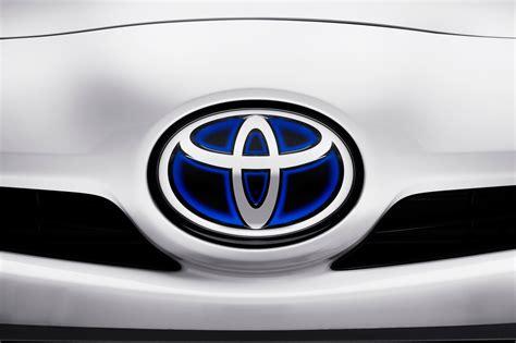 cool toyota logos a beautiful collection of car logos car wallpapers hd