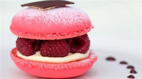 comment faire la cuisine comment faire des macarons à la framboise desserts