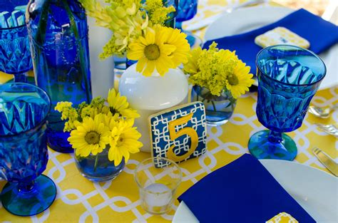 cobalt blue  yellow tablescape pensacola wedding